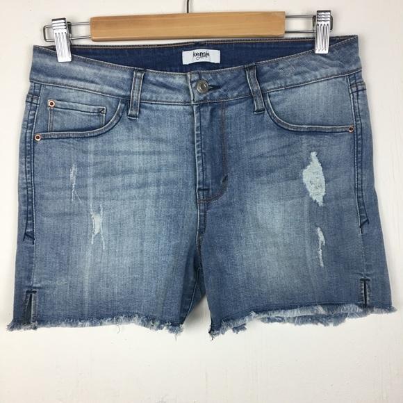 dd6980ee29555 Kensie Pants - Kensie Distressed Raw Hem Denim Shorts Size 4